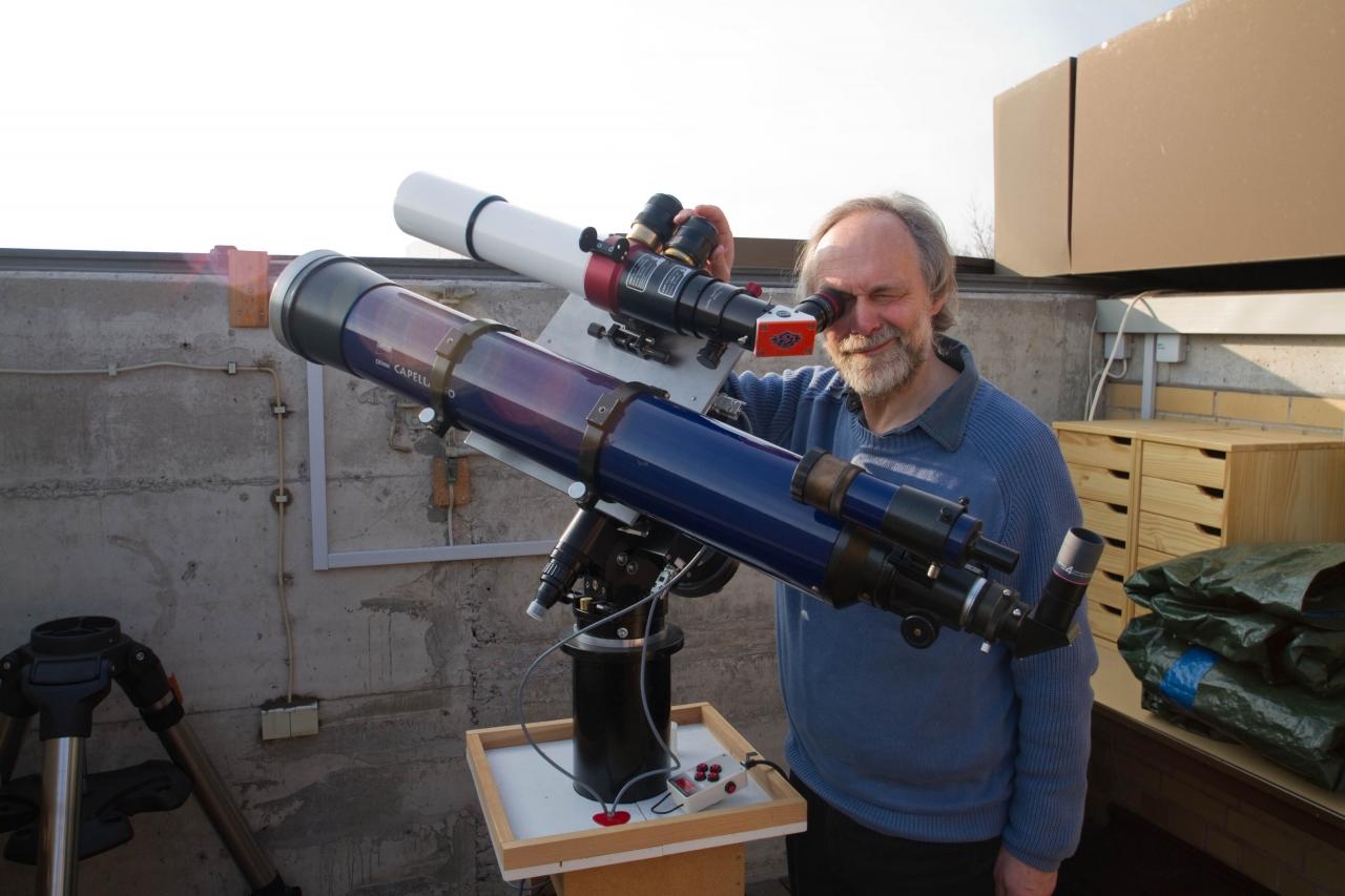 Säule 3 mit dem H-Alpha- und dem Weißlichtsonnenteleskop